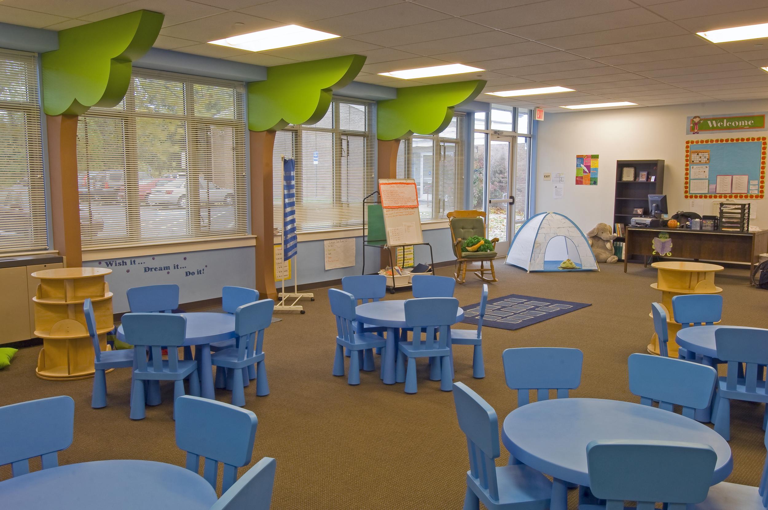 AGCS Kemblesville - Library.jpg