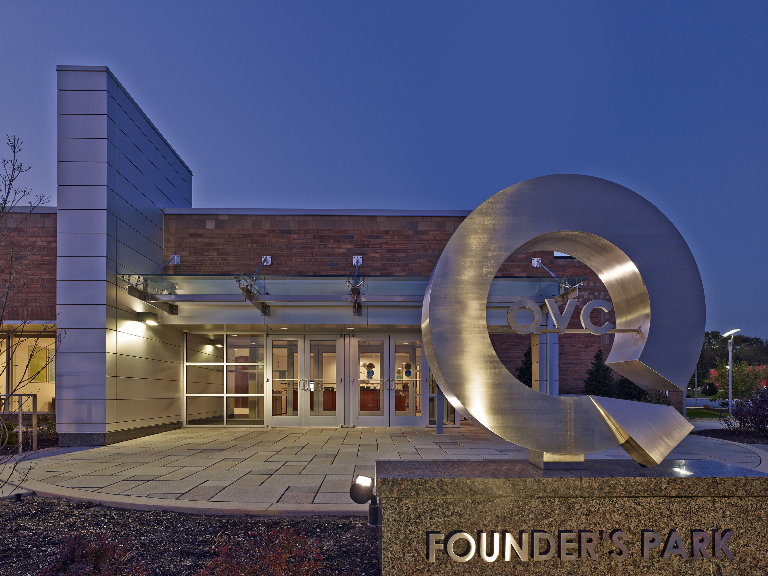 FOUNDERS PARK ENTRY