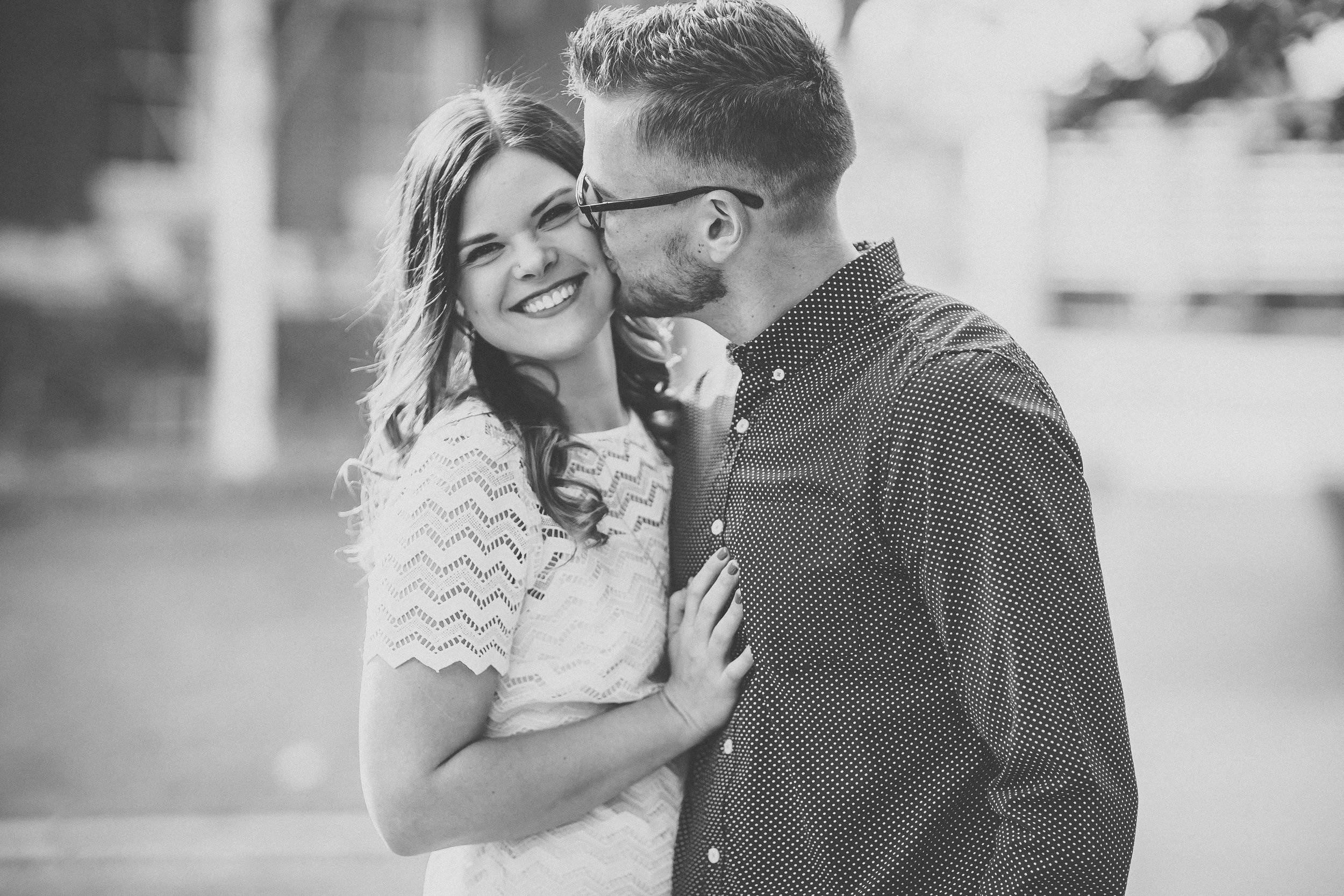 tri-cities couple photography