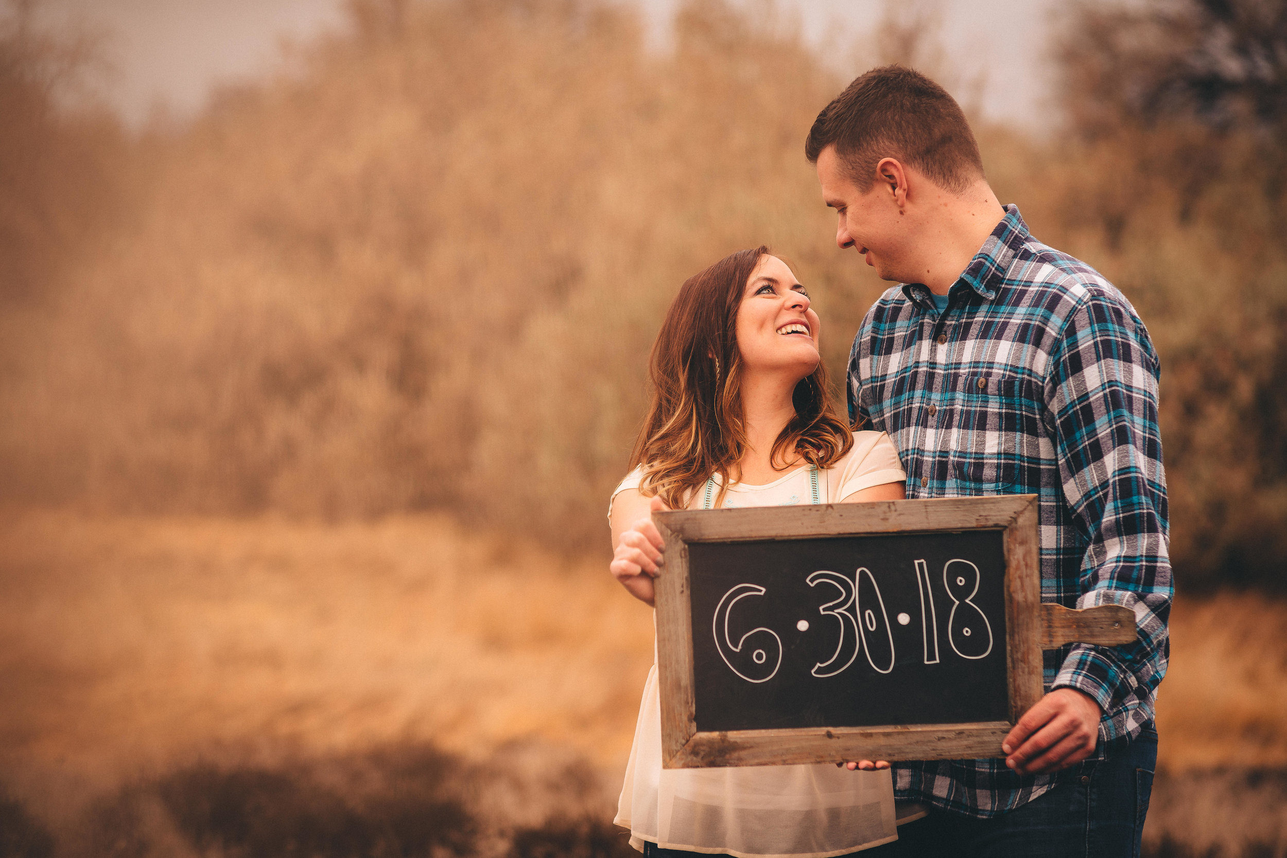 engagement and wedding photographers in tri-cities