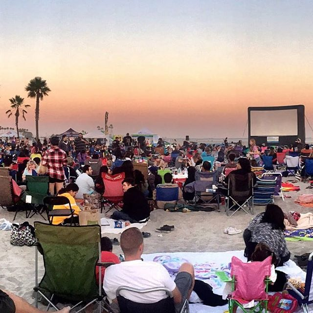The 2019 Movies on the Beach schedule is up! Presented by @longbeachtransit 🙏 Go here for the schedule 👇 https://www.longbeachstuff.com/movies-on-the-beach/