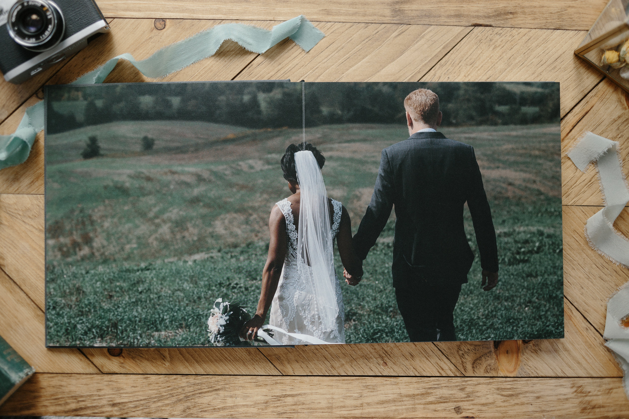 ryanne-hollies-photography-wedding-album-design-details-tono-and-co-artifact-uprising-97.jpg