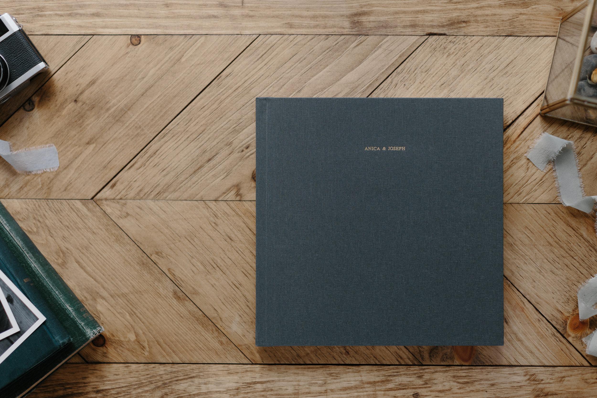 ryanne-hollies-photography-wedding-album-design-details-tono-and-co-artifact-uprising-101.jpg