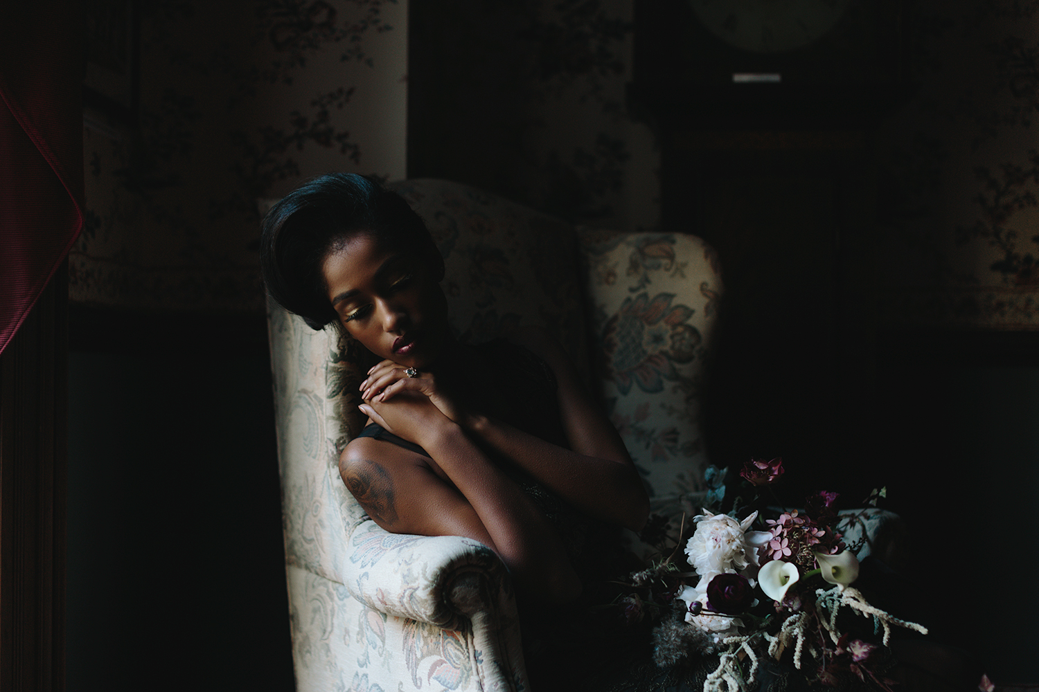 ryanne-hollies-photography-campbell-house-stylized-shoot-stairwell0wallpaper-editorial-high-fashion-portrait-vintage-bride-timeless-old-school-chair-hair-details-puzzle-creations-florals-hunt-and-gather.jpg