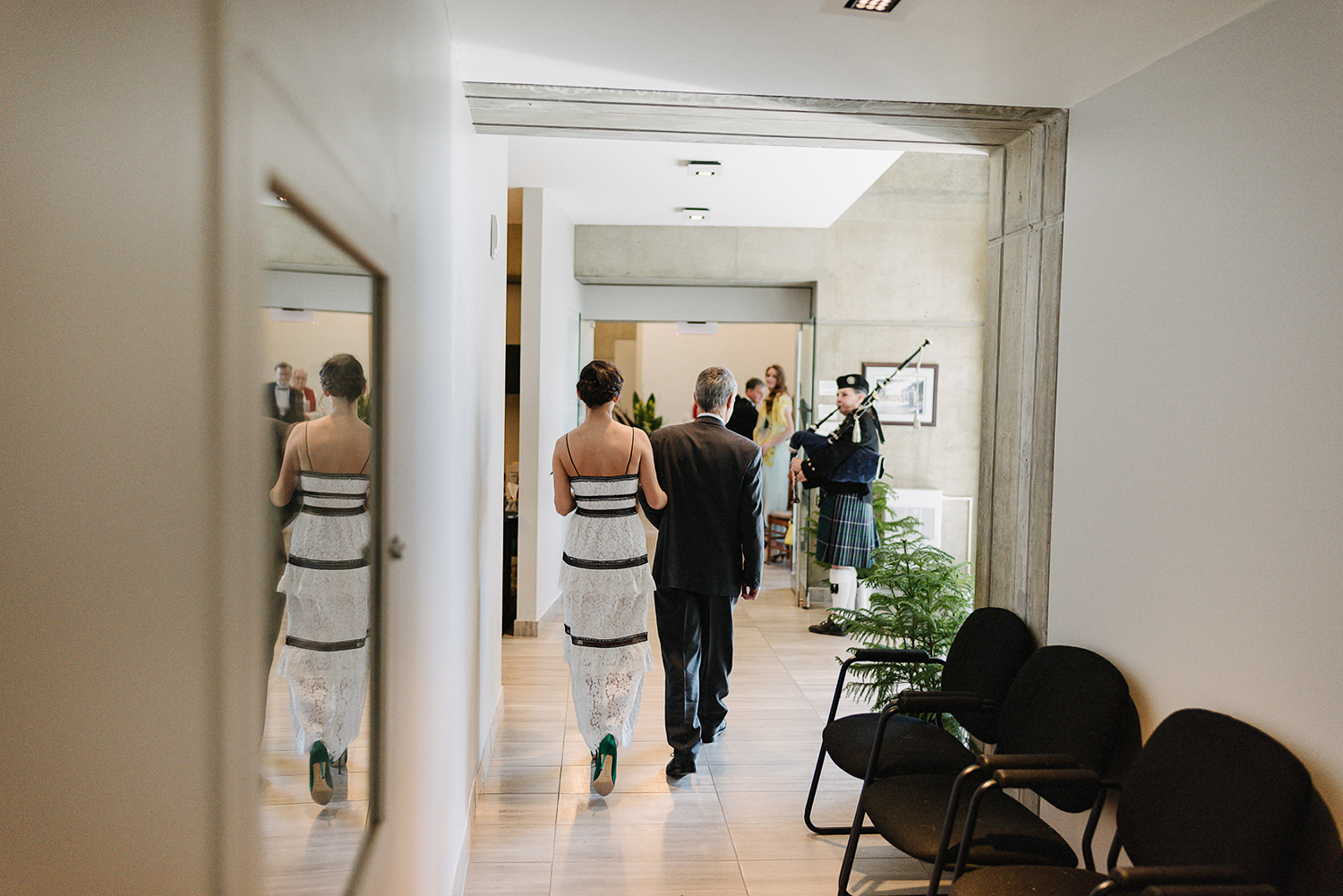 toronto-city-hall-elopement-wedding-old-city-hall-nathan-phillips-square-toronto-wedding-photographer-ryanne-hollies-photography-how-to-elope-in-toronto-ceremony.jpg