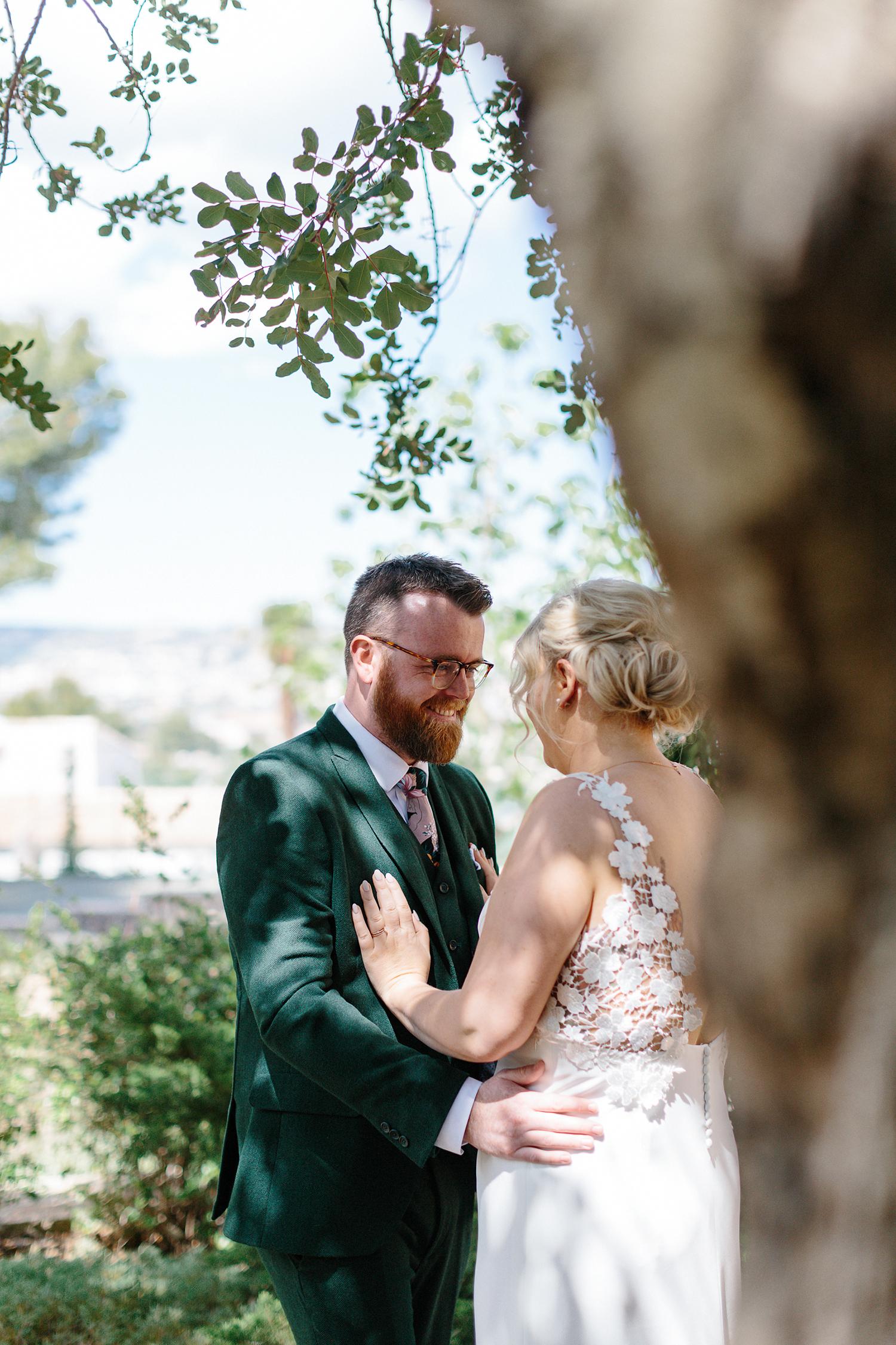 european-wedding-spain-wedding-photographer-destination-wedding-photographer-from-toronto-ryanne-hollies-photography-documentary-editorial-style-toronto-wedding-photographer-first-look-groom-and-bride-kissing-emotional-powerful-real-love.jpg