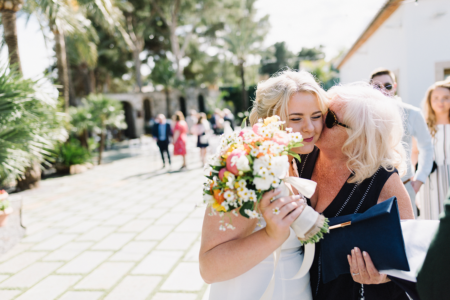 photographer-destination-wedding-photographer-from-toronto-ryanne-hollies-photography-documentary-editorial-style-toronto-wedding-photographer-junebug-weddings-candid-genuine-moments-congratulations-bride-and-aunt-emotional.jpg