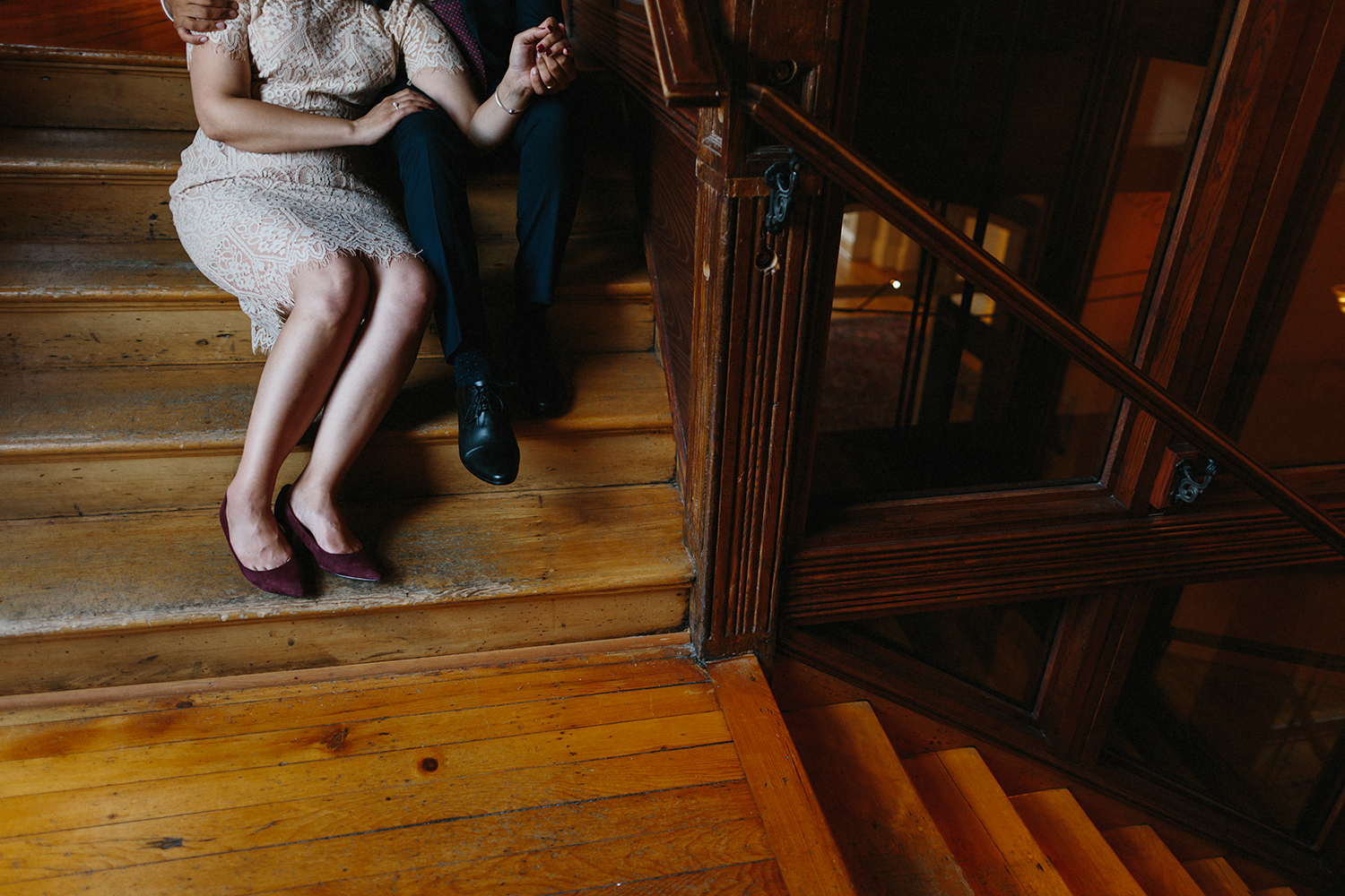 Best-Wedding-Photographers-in-Toronto-Downtown-Urban-Gladstone-Hotel-Venue-Inspiration-Top-Venues-in-Toronto-boutique-hotel-candid-documentary-brunch-wedding-couples-portraits-on-stairs-romantic-details.jpg