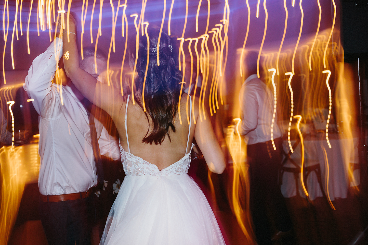 groom-and-bride-dancing-party-live-band-at-reception-At-Eganridge-Resort-Venue-Muskoka-Ontario-Wedding-Photography-by-Ryanne-Hollies-Photography-Toronto-Documentary-Wedding-Photographer.jpg