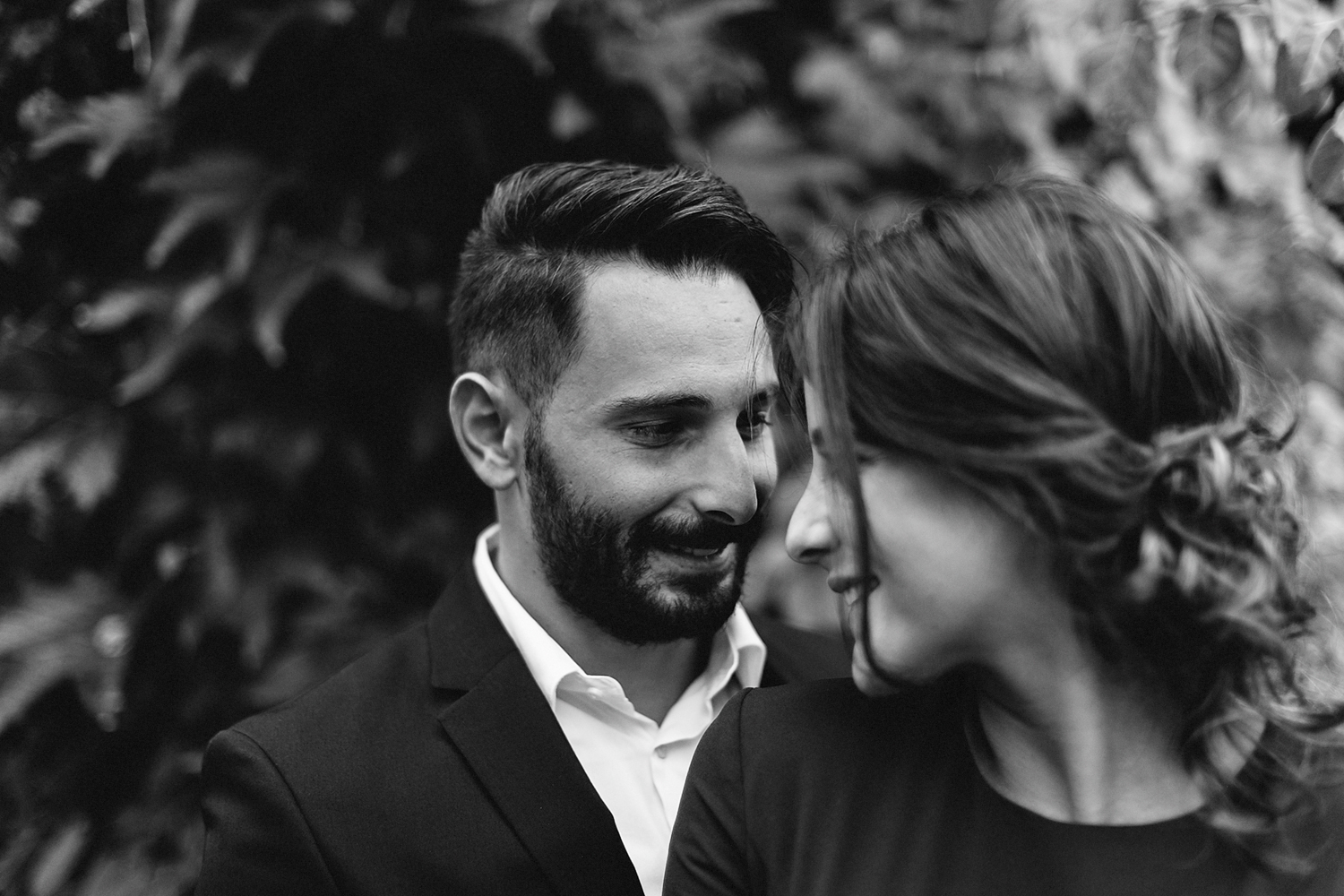 toronto-restaurant-elopement-small-wedding-intimate-portraits-of-bride-and-groom-in-oakville-bw.jpg
