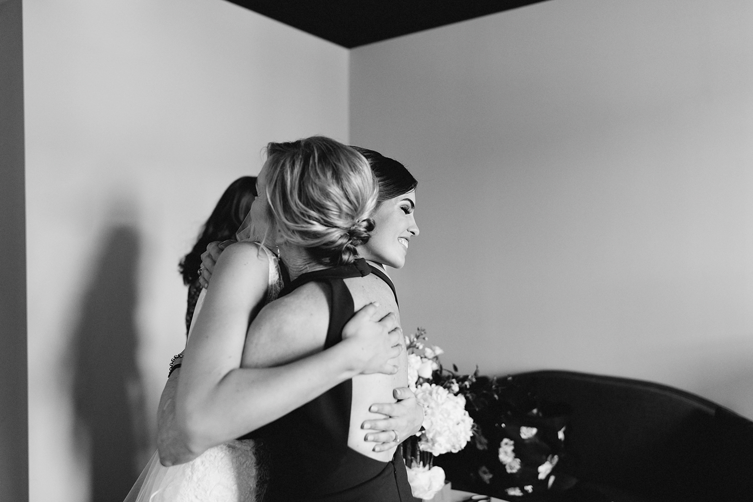 12-broadview-hotel-real-wedding-in-downtown-toronto-best-venues-broadview-hotel-wedding-photos-analog-wedding-photography-13.jpg