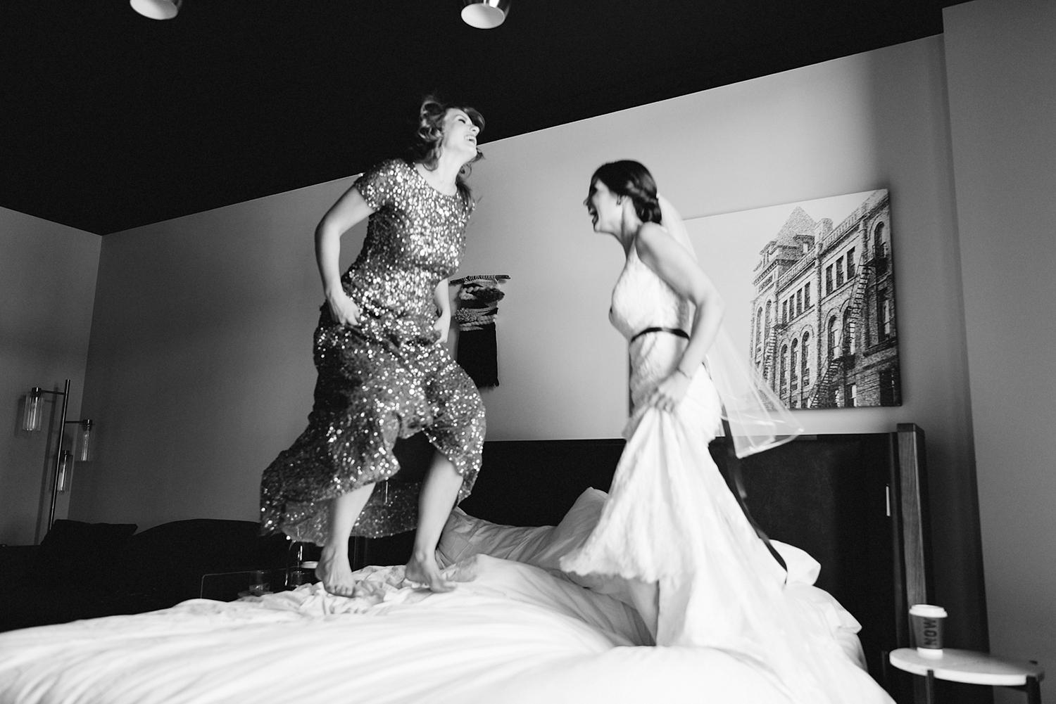 14-broadview-hotel-real-wedding-in-downtown-toronto-best-venues-broadview-hotel-wedding-photos-analog-wedding-photography-22.jpg