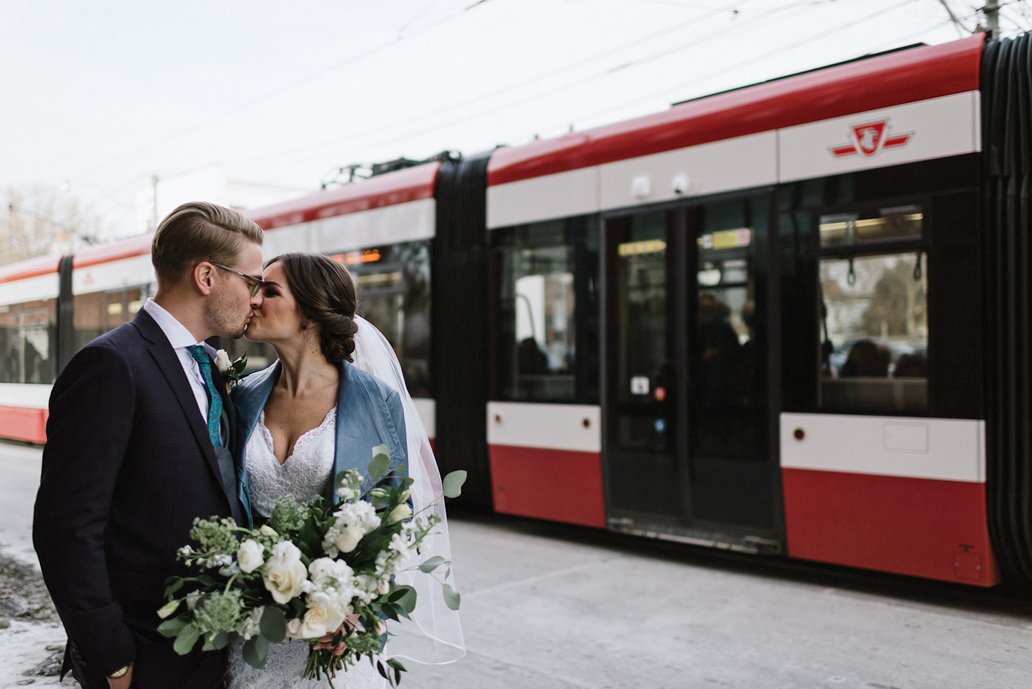 50-broadview-hotel-wedding-photos-in-downtown-toronto-best-venues-analog-wedding-photography-boutique-hotel-26.jpg