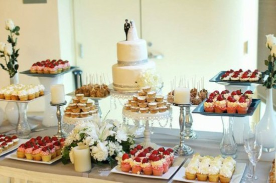 wedding-tables-and-decorate-dessert-buffet-recipes-cakes.jpg