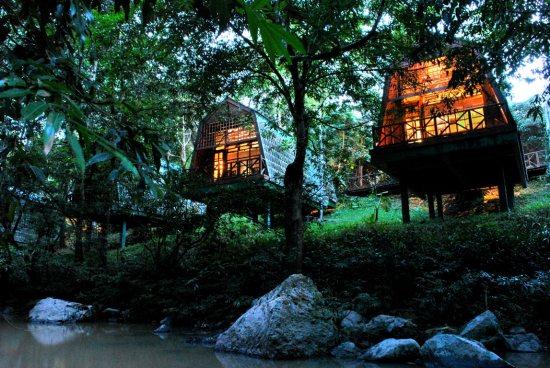 Borneo Safari Tabin River Lodge