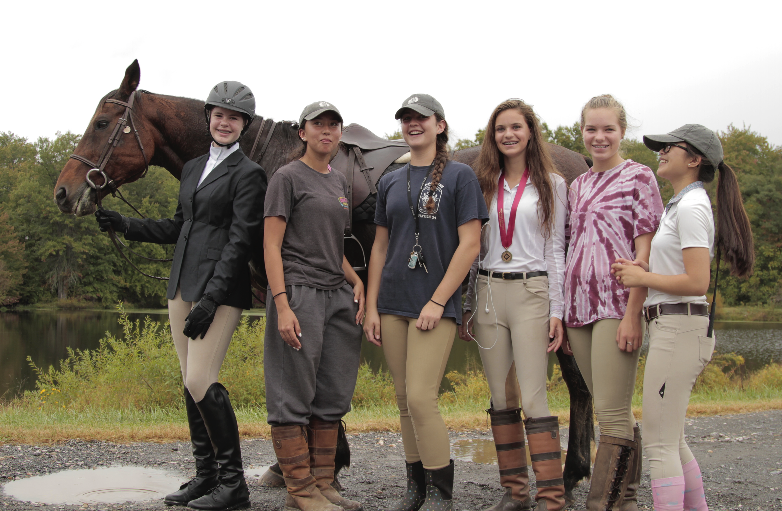 You can compete on a school team or as an independant rider