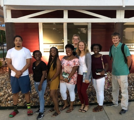 QuadW-Pine-Bluff-interns-missional-study-learning-together