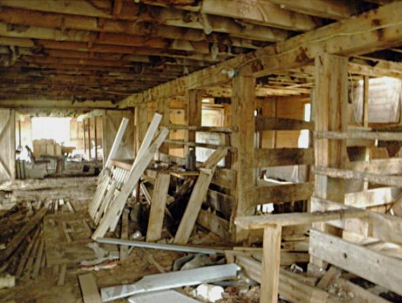 Interior Corthell Barn 2016.png