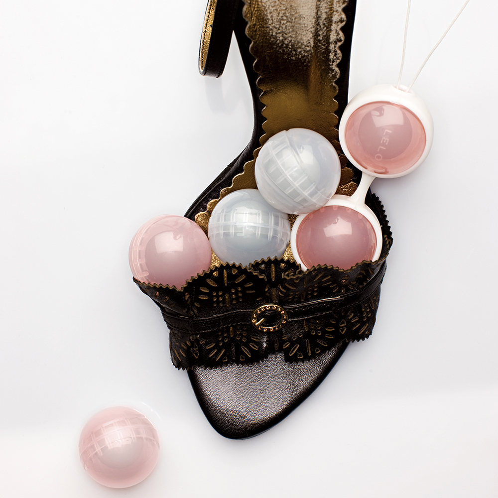 LELO Luna Beads - inner strength for intense sensations