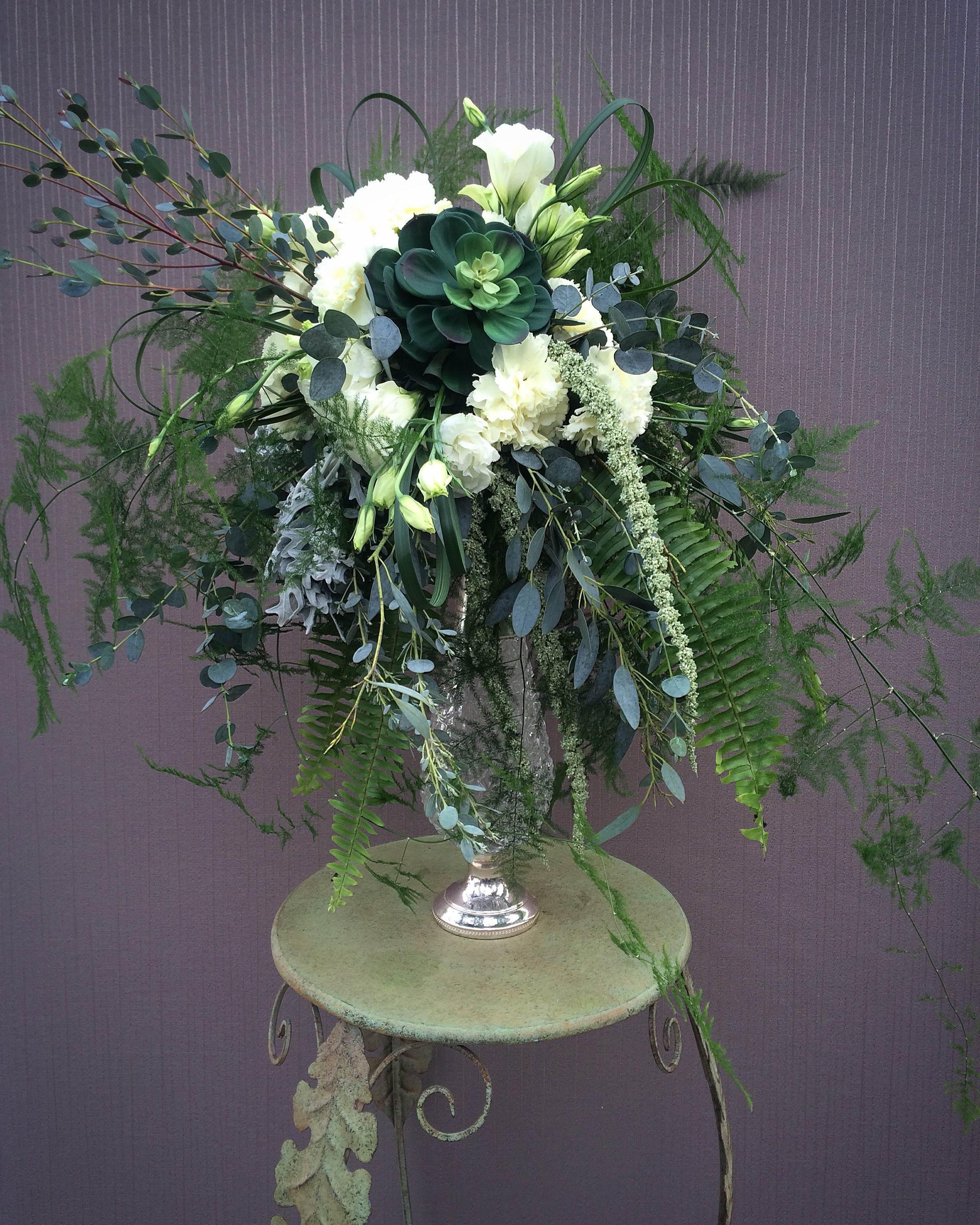 Bridal bouquet with succulent.jpg