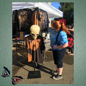 mothman-tshirt-booth.png