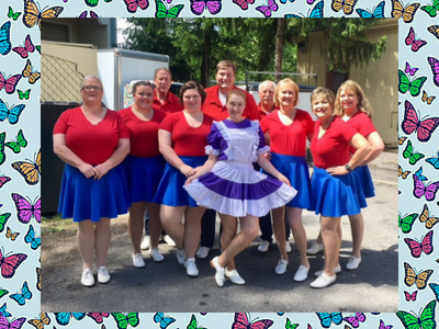 hotfoot-cloggers-and-friend-dollywood.png