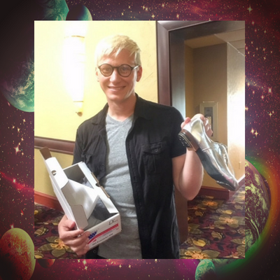 dustin-getting-clogging-shoes.png