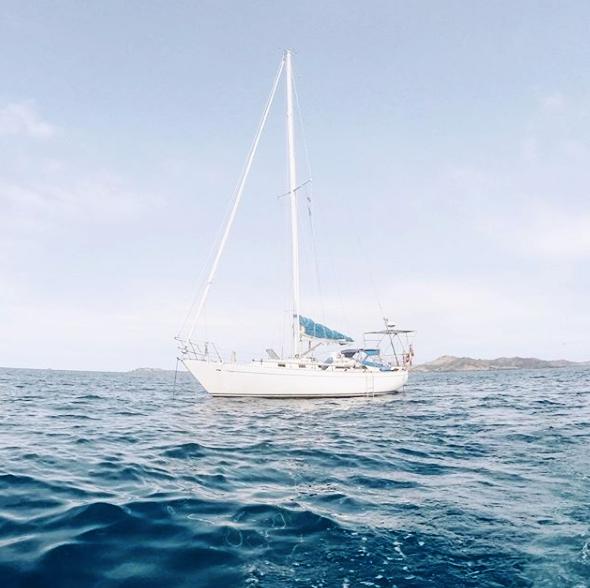 sailing to fiji