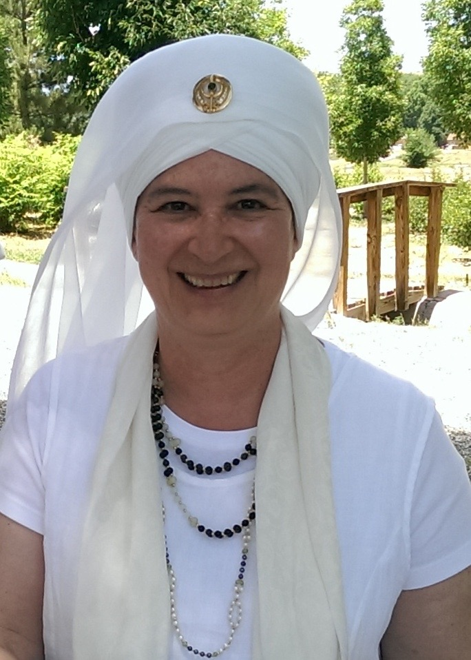 shanti-shanti-kaur-kundalini-yoga-therapy-training-london.jpg