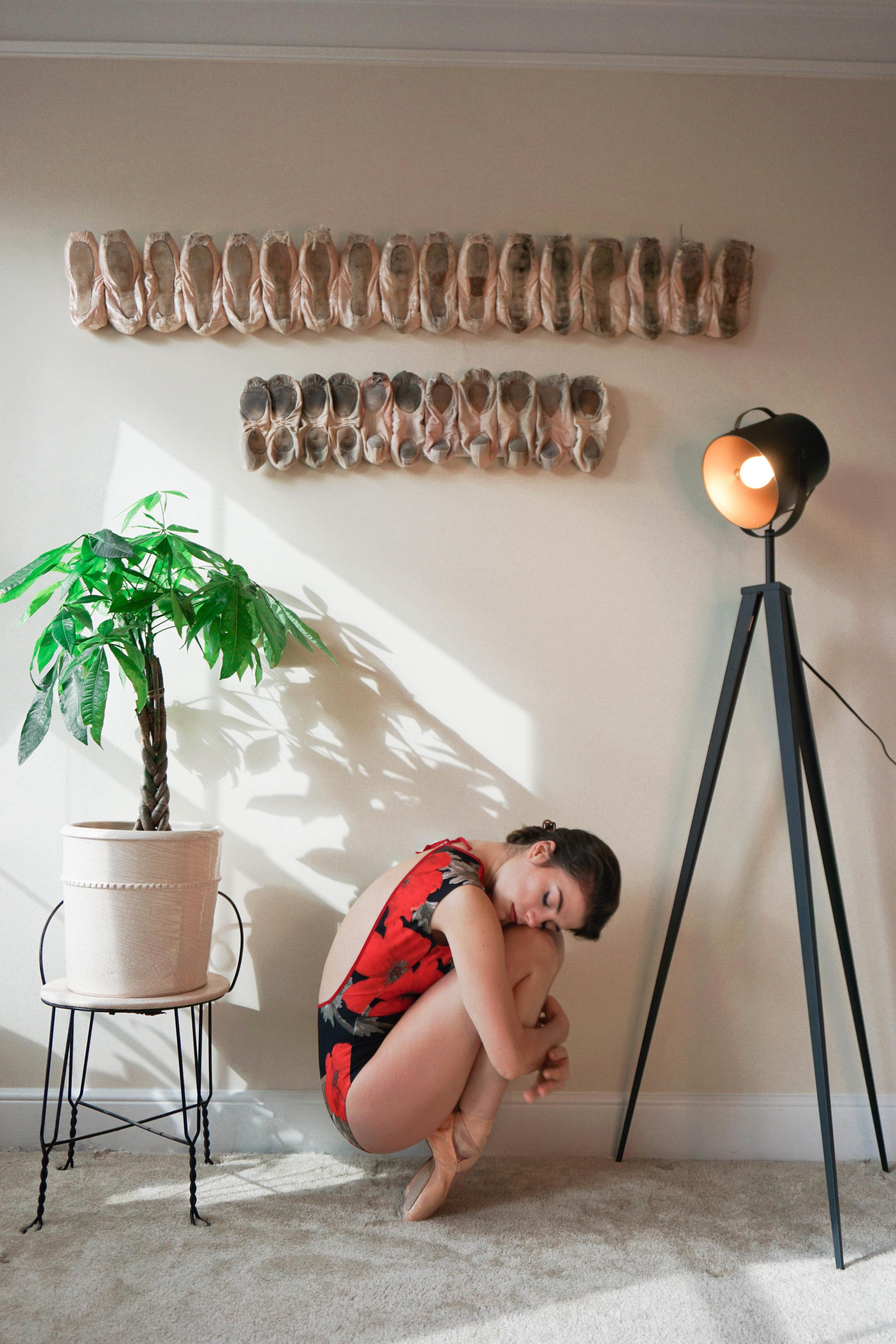Artiste Tripod Studio Floor Lamp  in black and gold