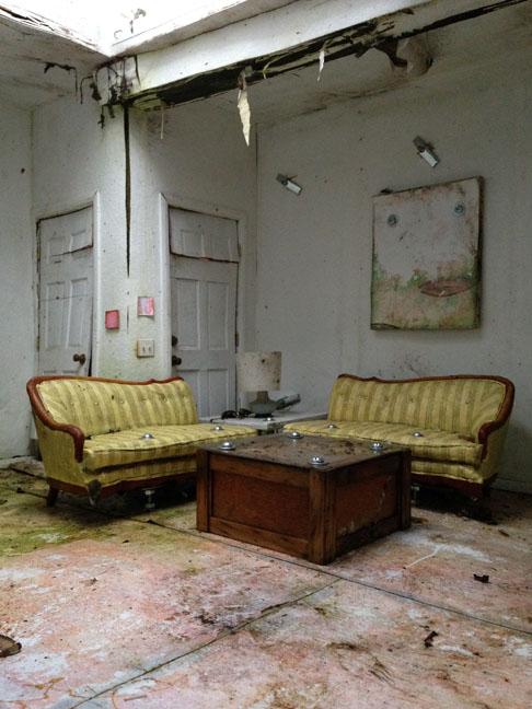 Living Room_27.jpg