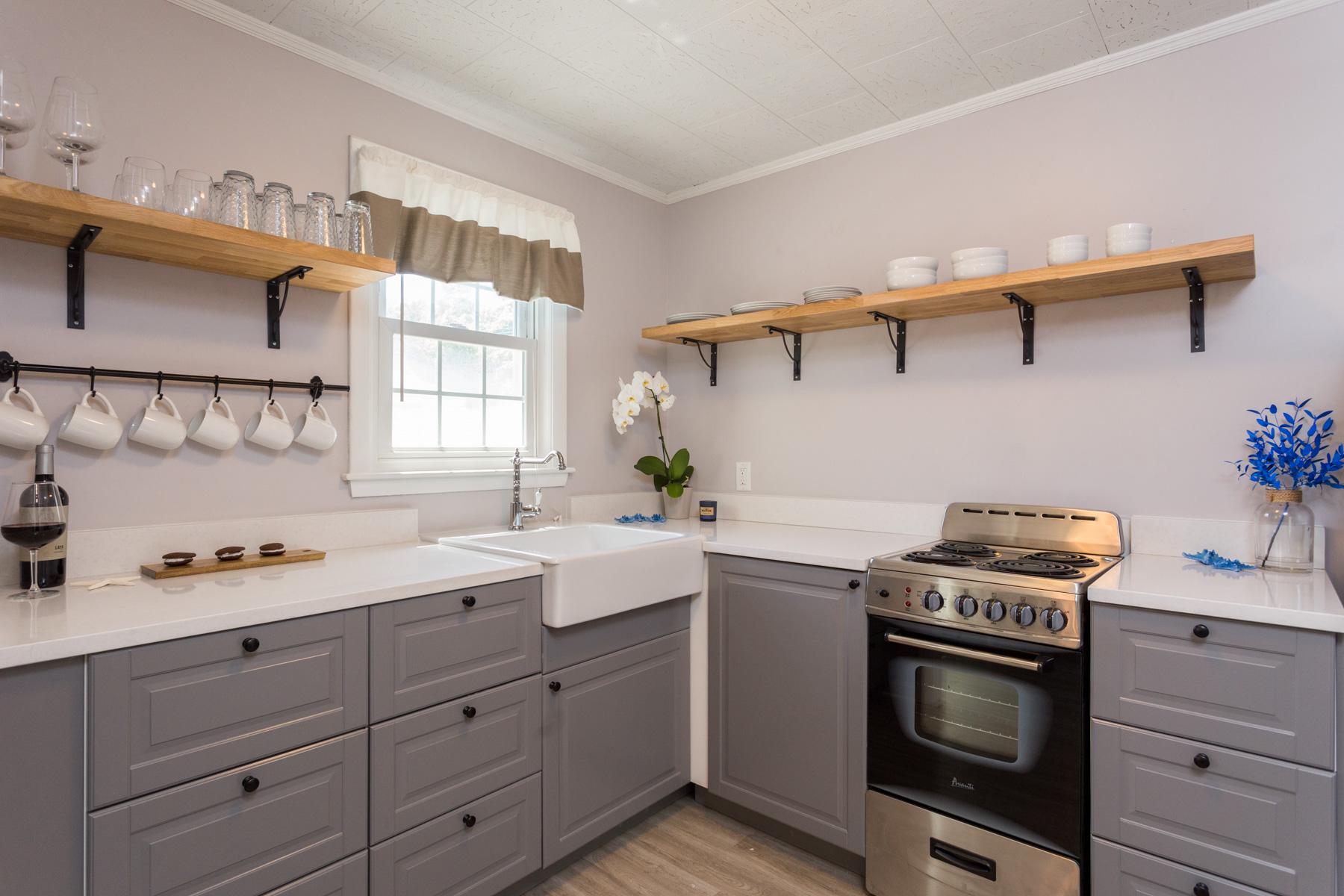 IMG_3828-1_kitchen5A.jpg