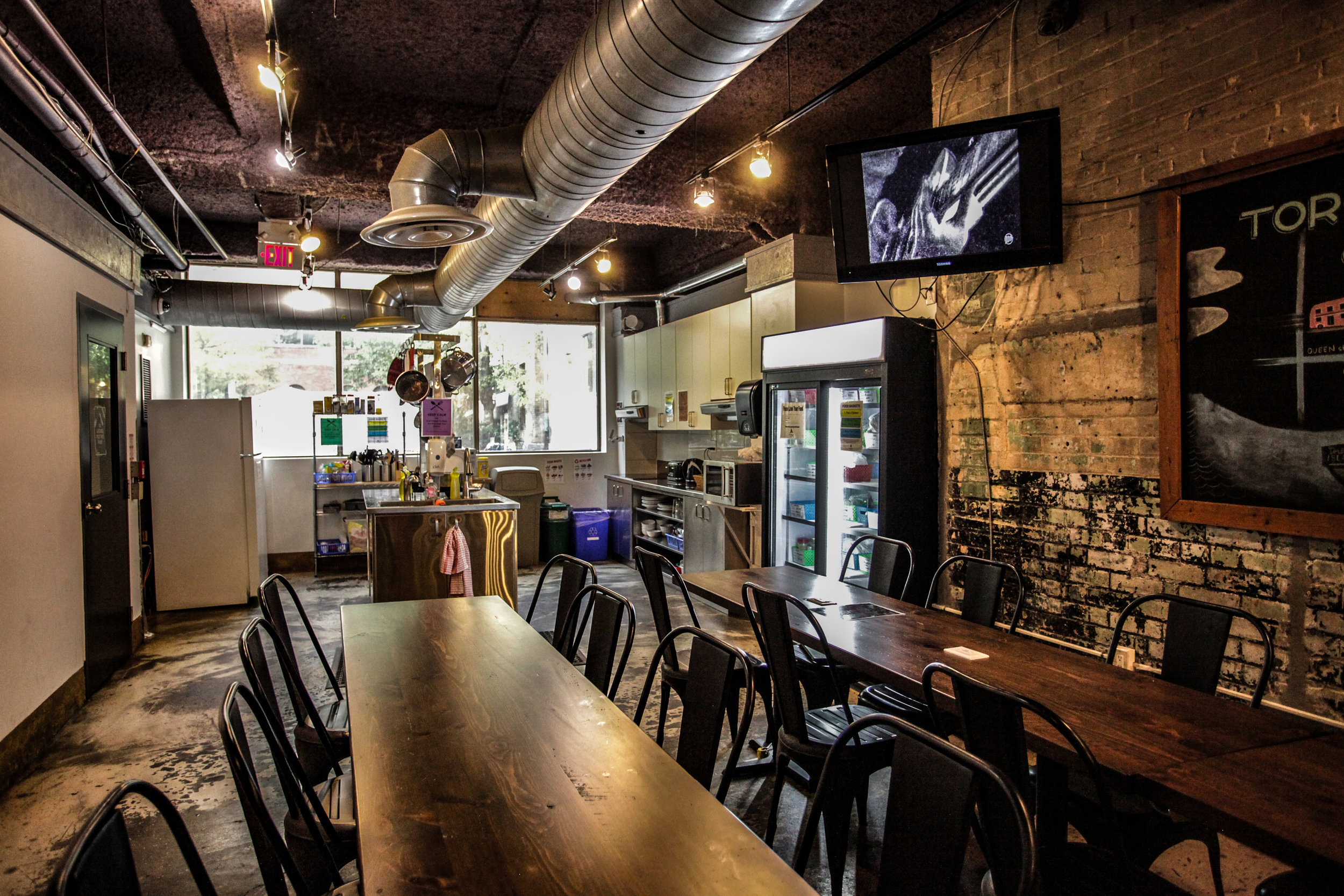 HI-Toronto-Cuisine-2-high res.jpg