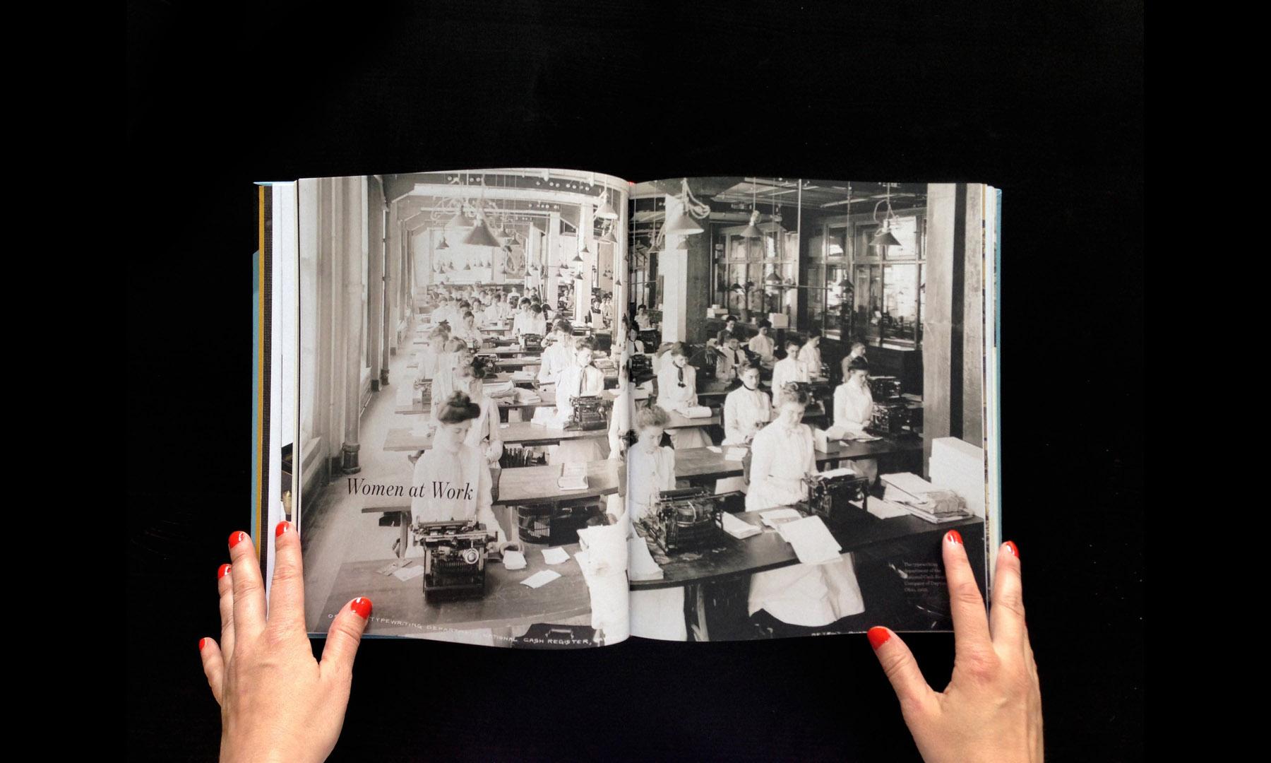 closeup-gallery-typewriterbook-012.jpg