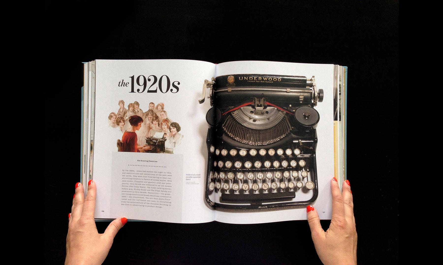 closeup-gallery-typewriterbook-021.jpg