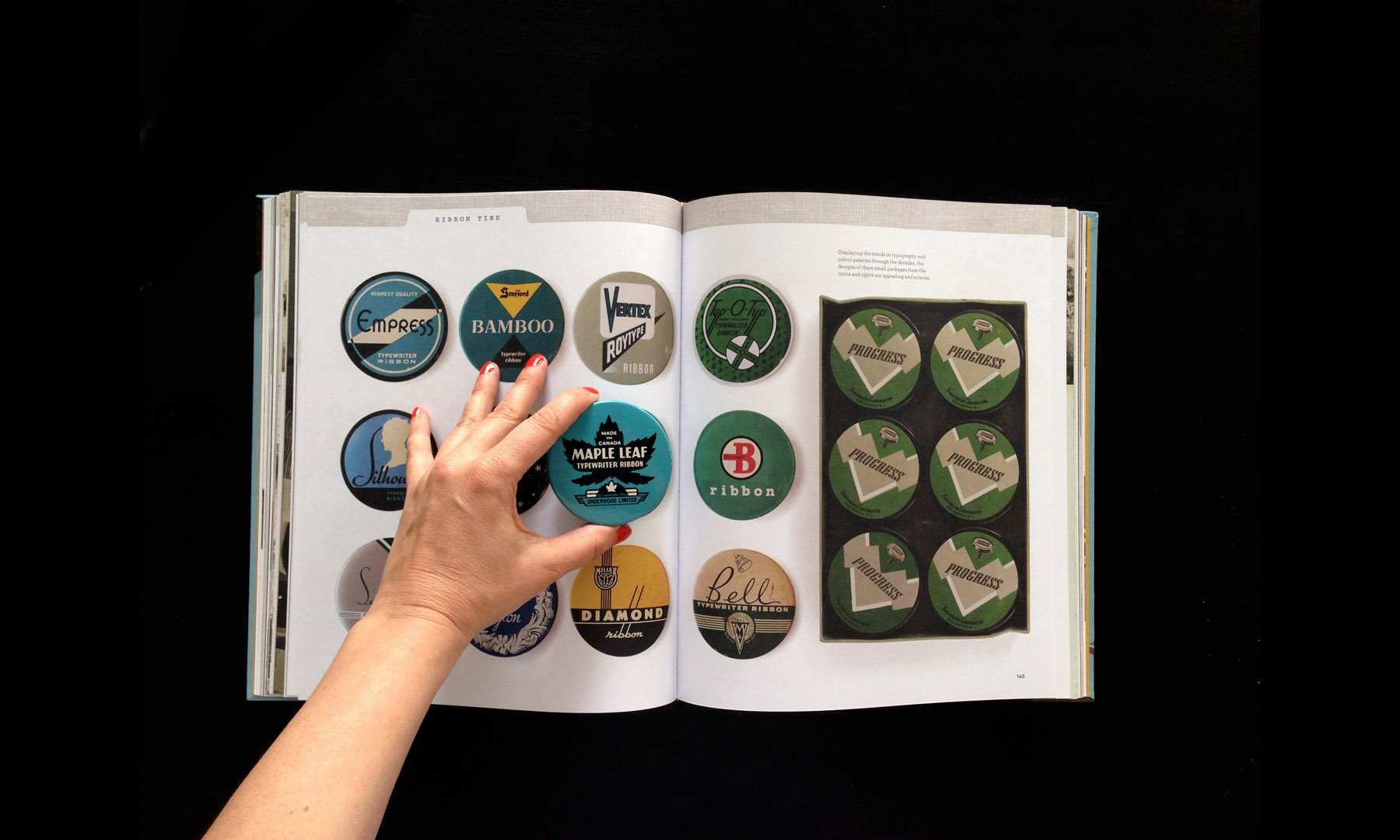 closeup-gallery-typewriterbook-026.jpg