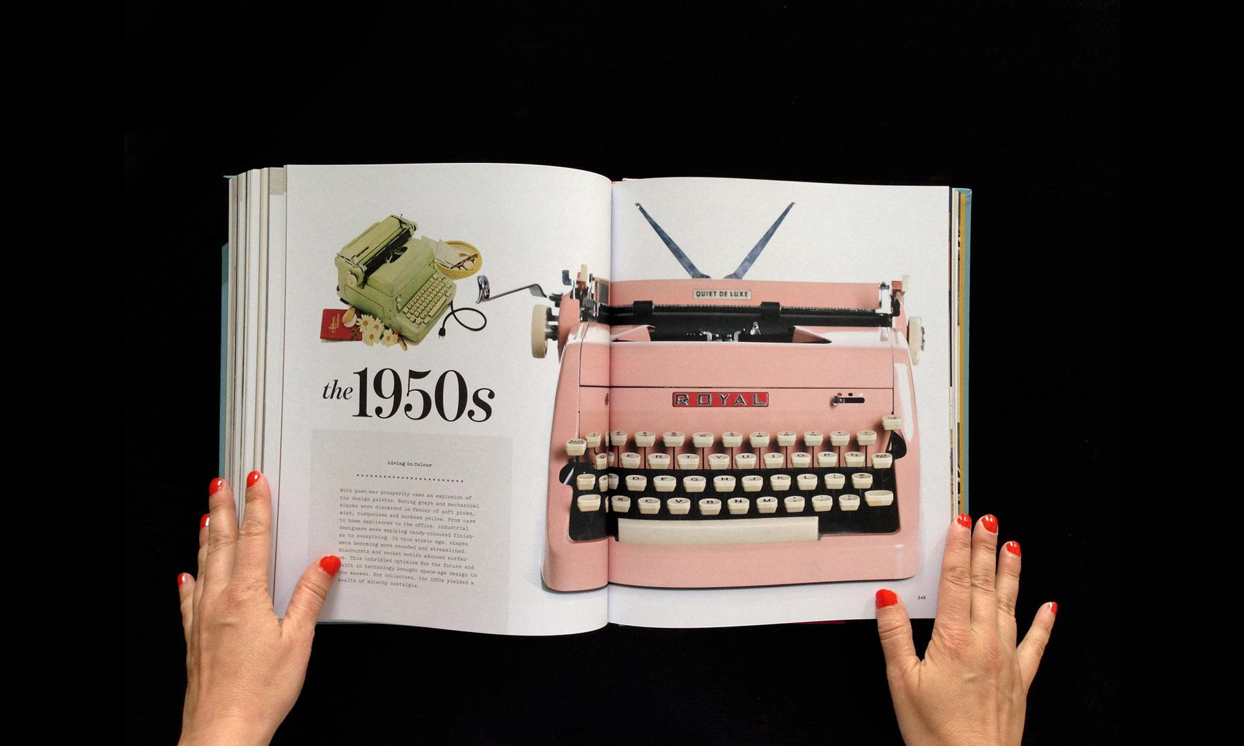 closeup-gallery-typewriterbook-045.jpg