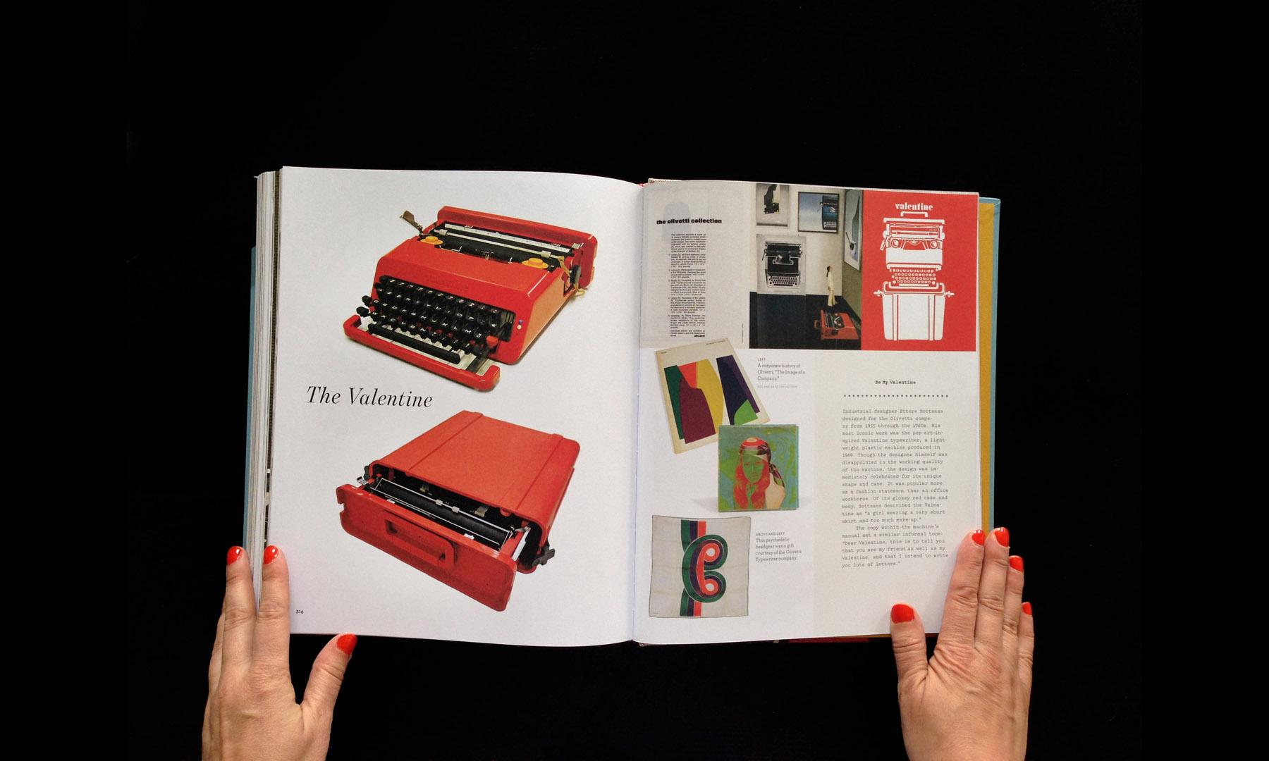 closeup-gallery-typewriterbook-062.jpg