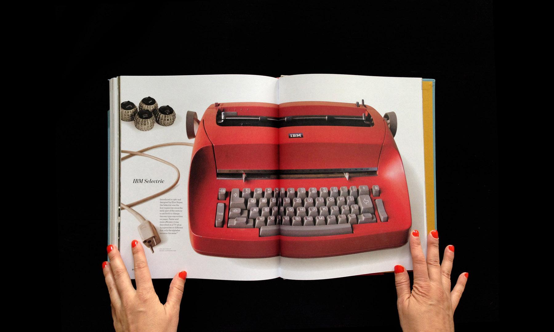 closeup-gallery-typewriterbook-060.jpg