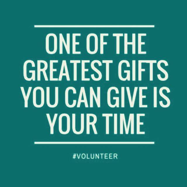 Happy International Volunteer Day!  Tis' the season give! Consider volunteering this holiday season 🎁  #civicmuslims #volunteers #canadavolunteers #communitywork #giveback #dogood #internationalvolunteerday