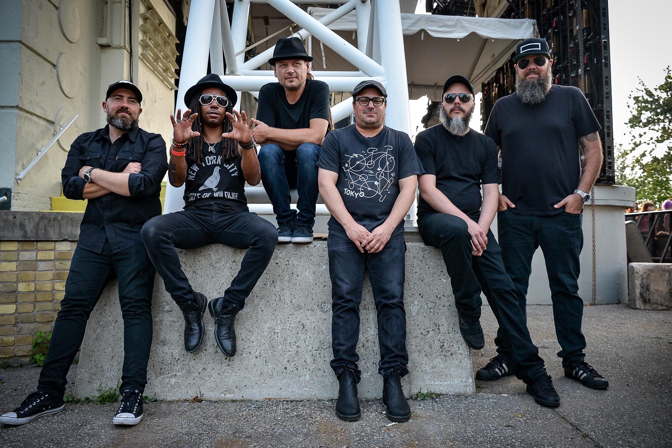 Julian Taylor Band, photo by Jerome Joyce