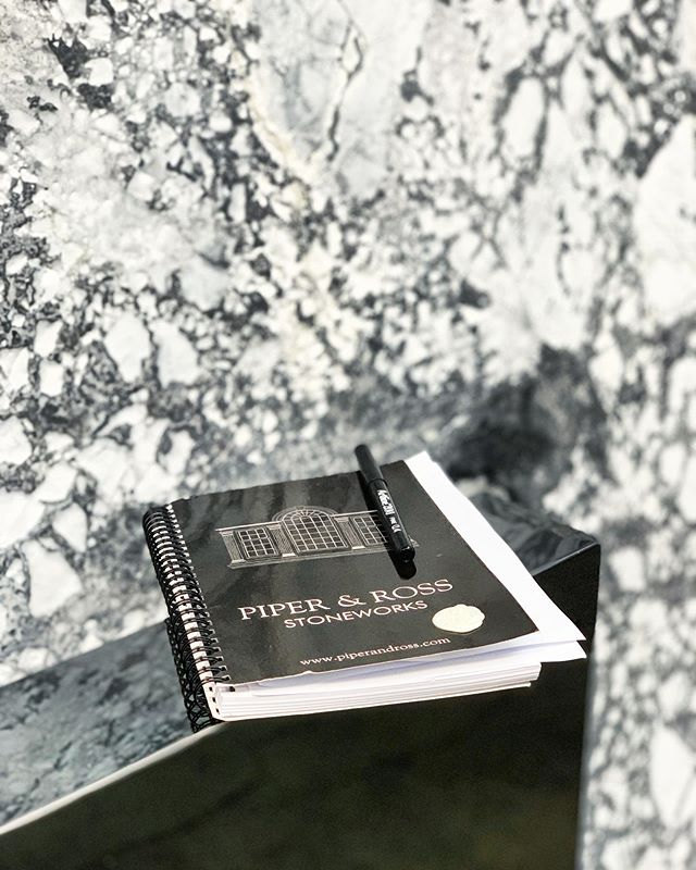 The early bird gets the 🐛! We're in the yard snatching up some truly special slabs for whole slab wall cladding slip matched around the room.. Certainly beats wallpaper! #sydneystone #australianstone #import #marble #interiors #sydneylocal #australianmade #australiandesign #luxury #architecture #stonemason #stonemasonry #artisan #kitchen #northshore #sydneynorthshore #naturalstone