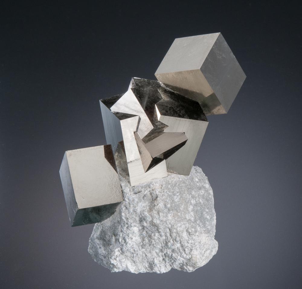 Navajun-Pyrite-Group.jpg