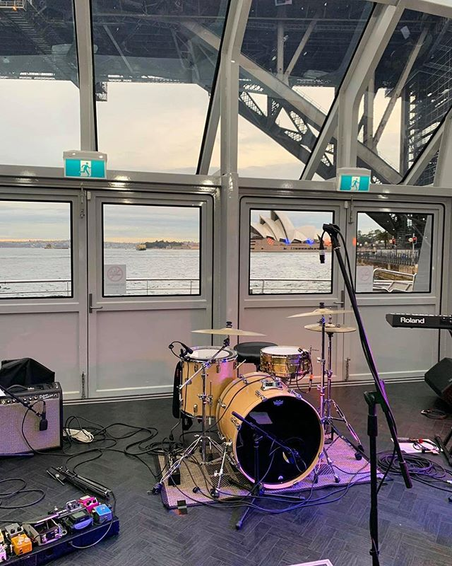 Wednesday's gig aboard #theclearview for @maritzcx 👌