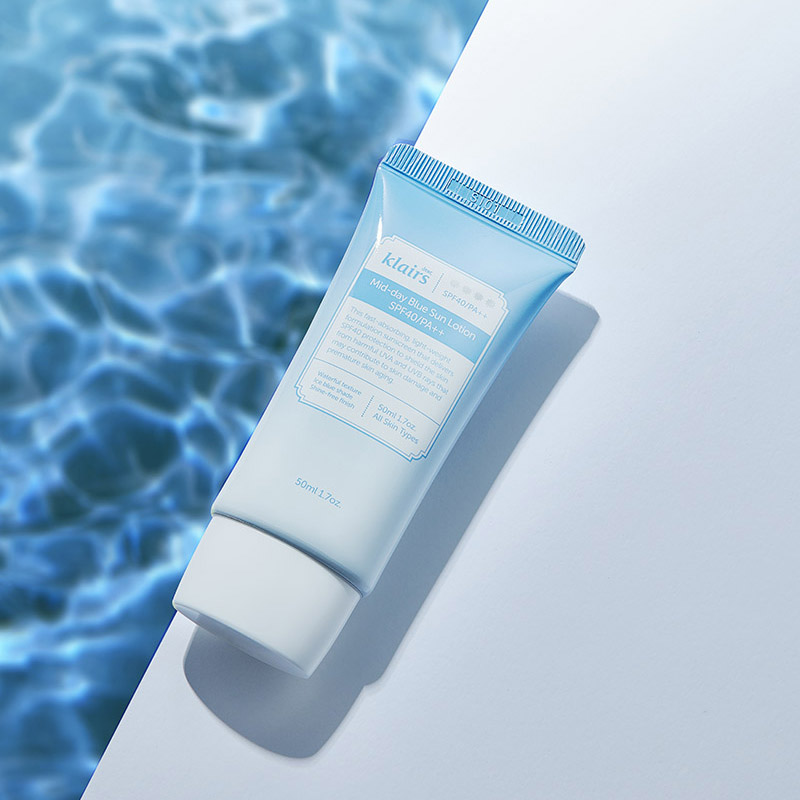 Klairs-Mid-day-Blue-Sun-Lotion-3.jpg