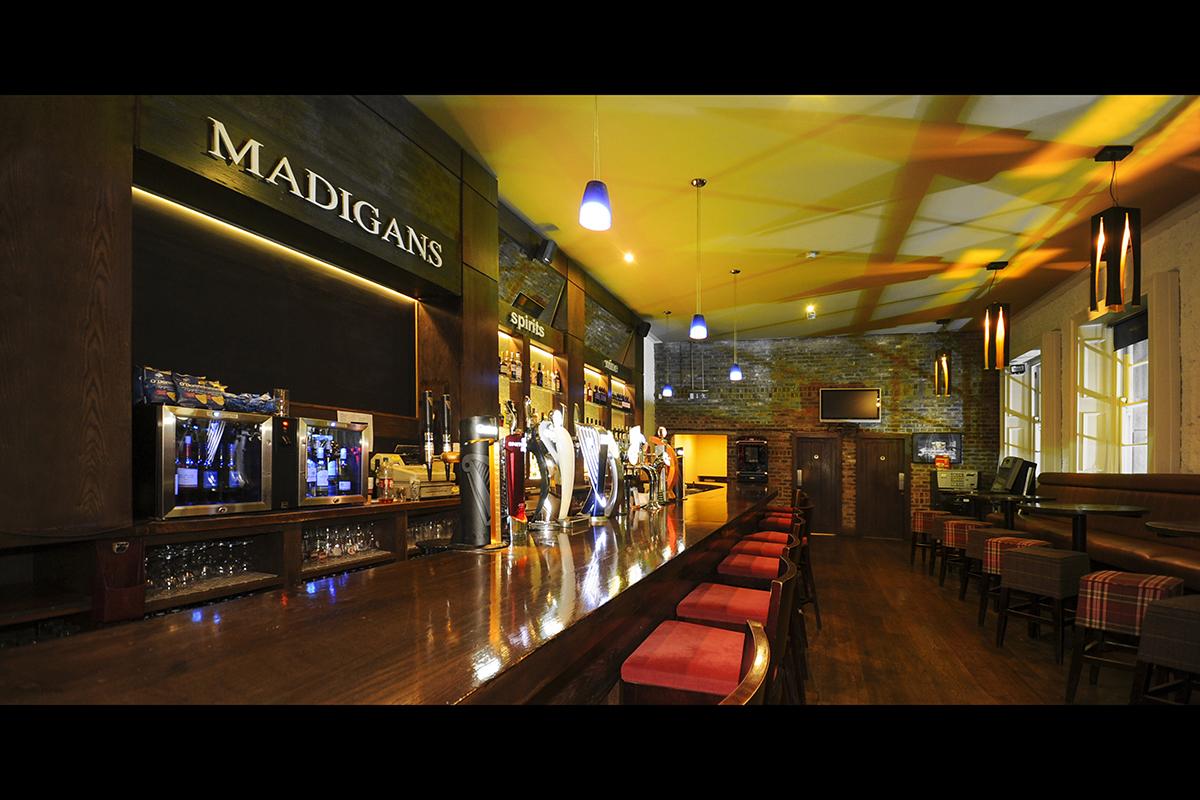 4 Madigans Connolly Station (Main Bar) ©2015 Mick Langan 002.jpg