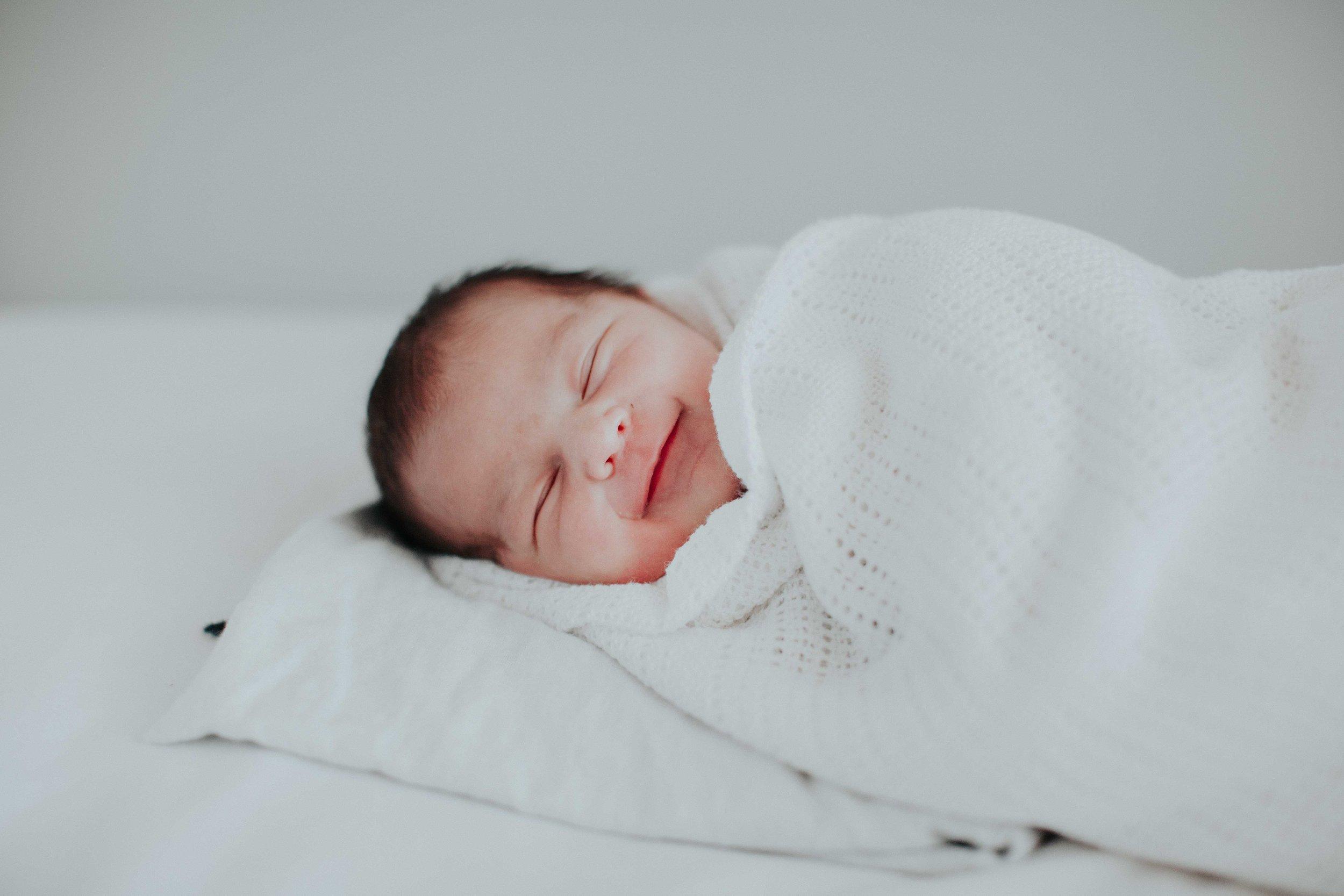 Kristi Smith Photography - Newborn Shoot - Glenn & Kirsten 5.jpg