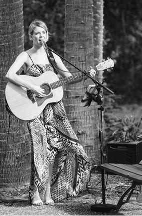 Amanda King Wedding Singer.JPG