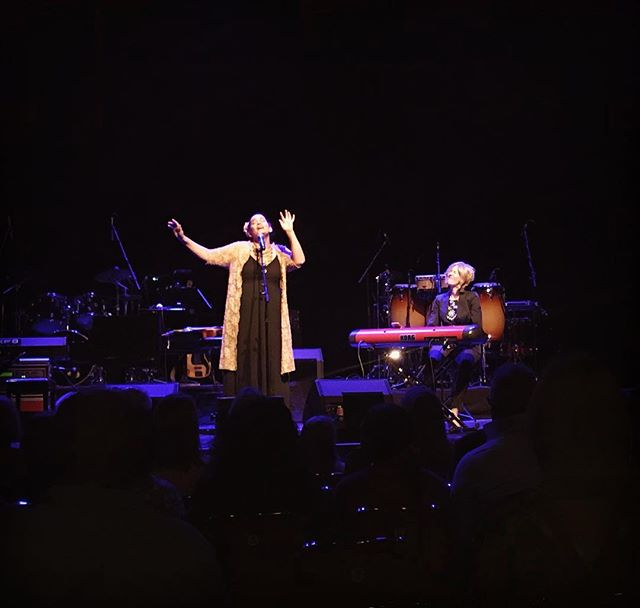 Blessed to witness such talent & class #goosebumps #twigbirdproductions #dionnewarwick