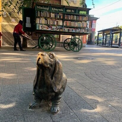 This is the statue of Colombo's Basset Hound named Dog.
